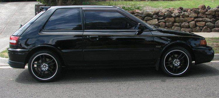 Mazda-Familia-GTR-4